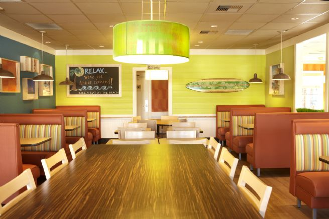 Captain Ds seafood restaurant interior 03