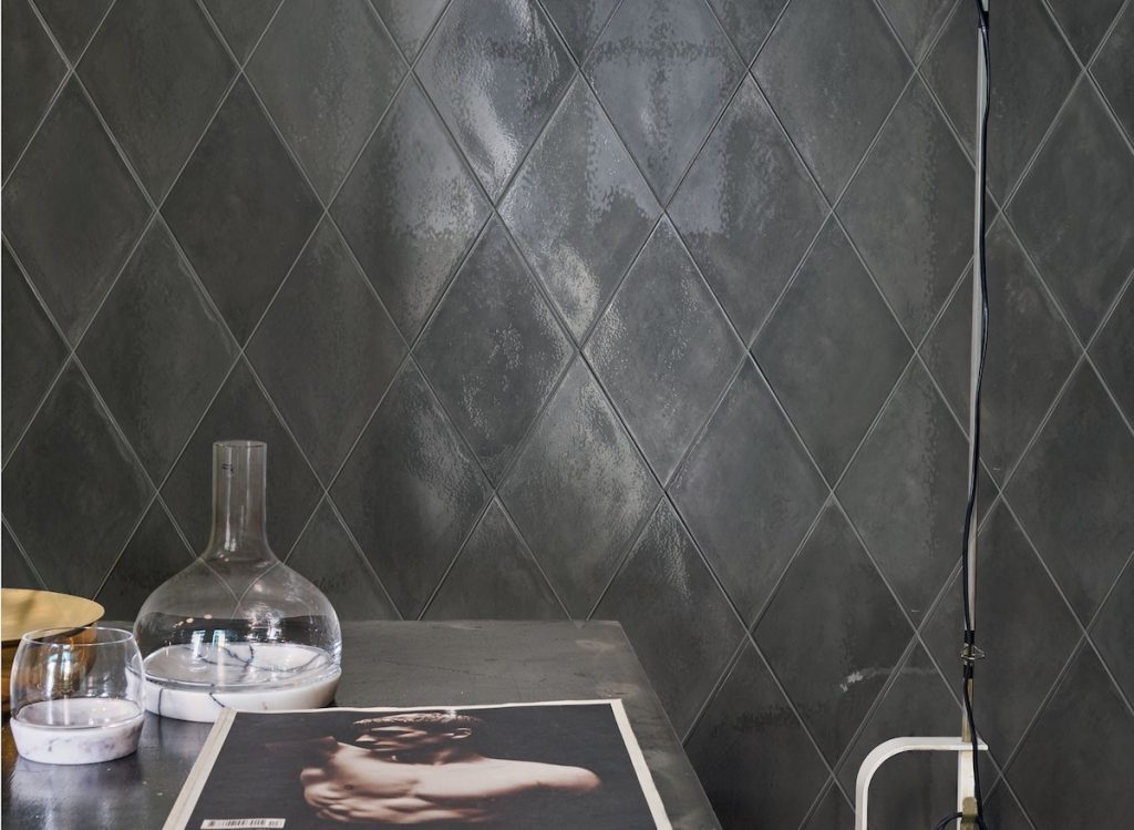 ROMBO wall tile by GIO in Grigio